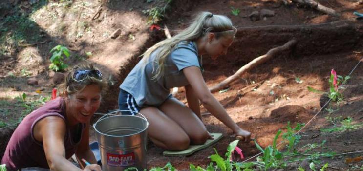 two females digging at Orwell Corner