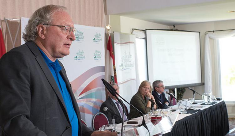 Premier Wade MacLauchlan addresses Economic Forum 2017